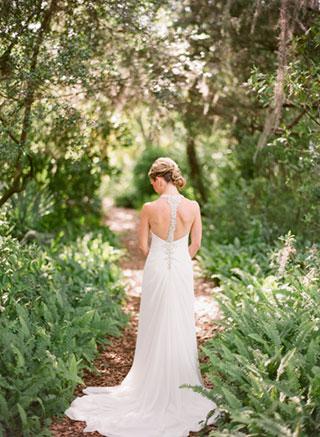 bride-foliage